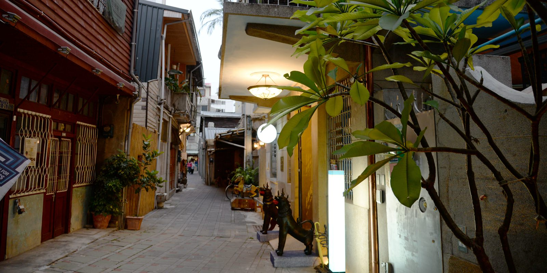 來去台南住一晚 街坊巷弄間的「赤崁璽樓民宿」