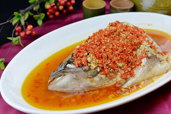 紅袍剁椒魚頭.JPG